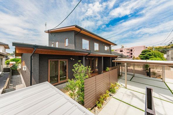 LDKは明るく広々大空間!趣味とライフスタイルを大事に考えた木のアロマ香る家。