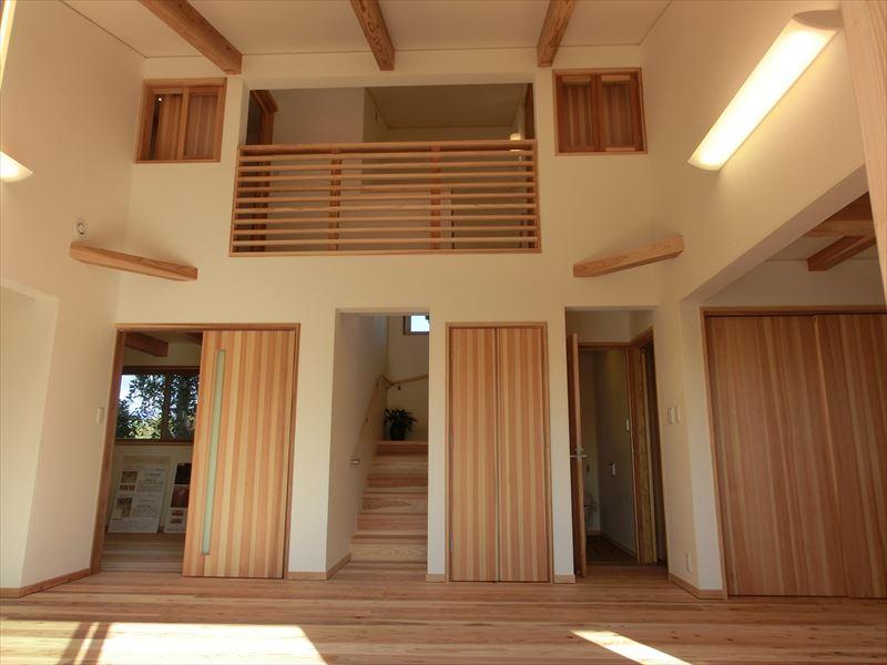 真夏の猛暑でもエコで快適に暮らせて、空気が優しくて美味しい健康住宅