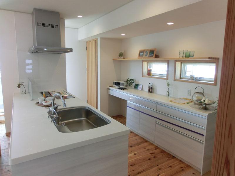 街中でも景観が楽しめ、大空間の「リビング+ロフト」で生活が楽しめる家!