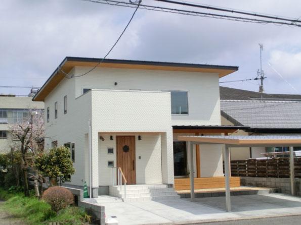 幼い子供達の健康と快適さを大事に考えた、高性能で体に優しい自然素材で造る家!